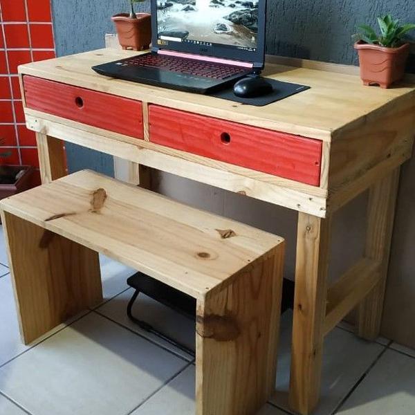 R$ 220 escrivaninha rústica 2 gavetas com banco em madeira
