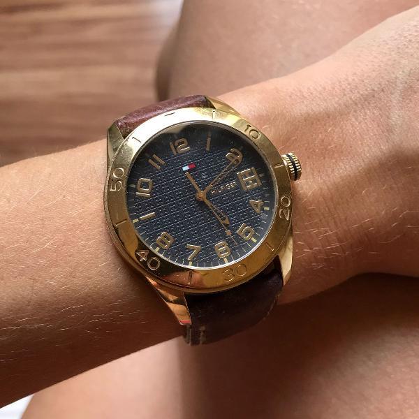 Relógio da tommy hilfiger, dourado, original (com pulseira
