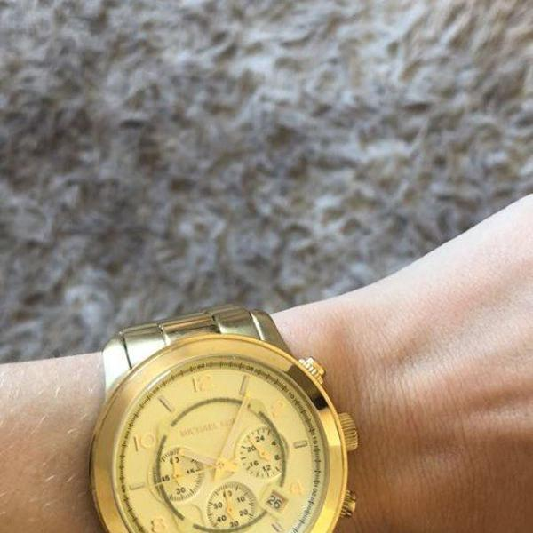 Relógio feminino michael-kors - relógio mk dourado - usado