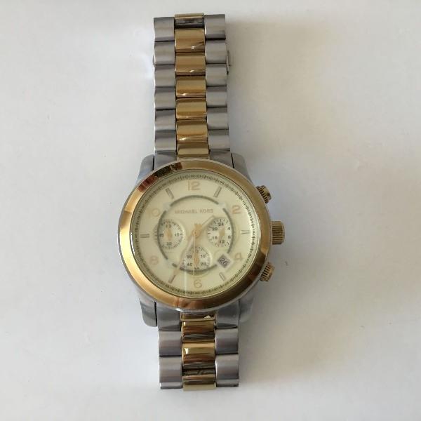 Relógio prata com dourado