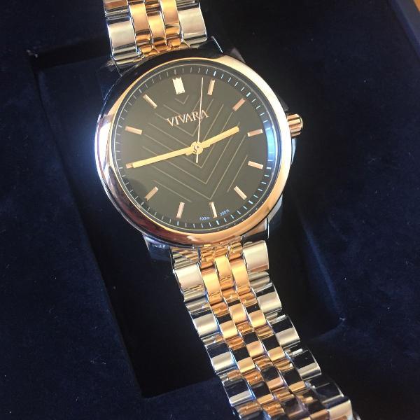Relógio prata e dourado envelhecido vivara