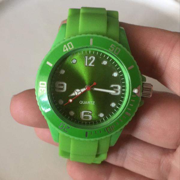 Relógio silicone verde fashion