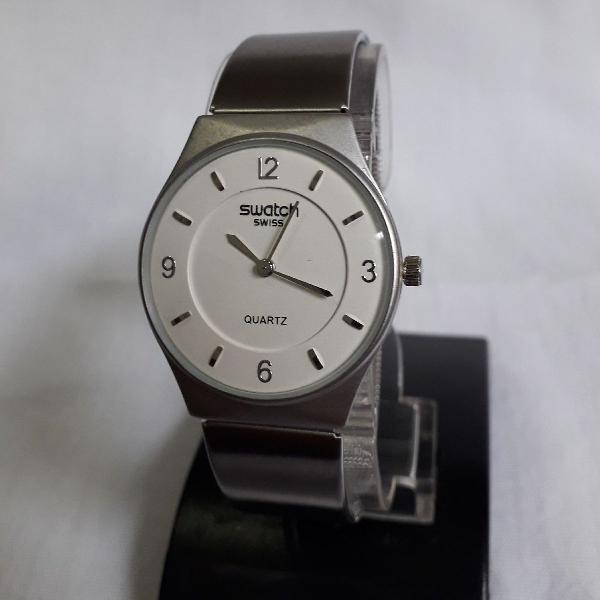 Relógio swatch swiss prata mostrador branco prime