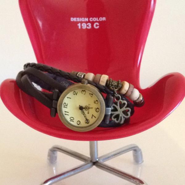 Relógio vintage super descolado