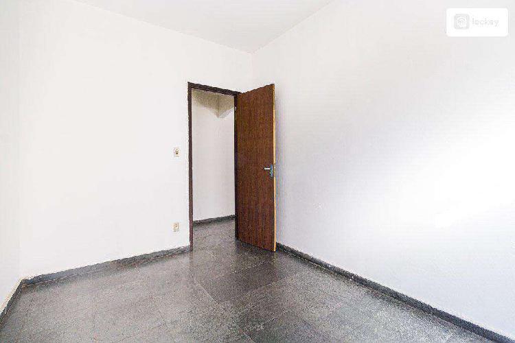 Casa, joão pinheiro, 2 quartos