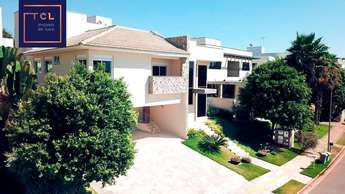 Casa em condomínio com 4 quartos à venda no bairro