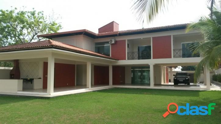 Linda casa no bairro parque 10 de novembro para venda