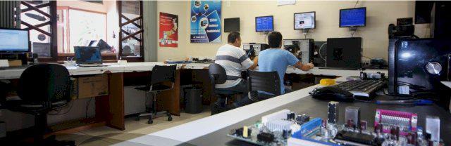 Assistência técnica e manutenção de computadores