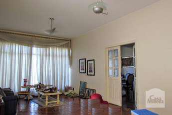 Casa com 4 quartos para alugar no bairro floresta, 297m²