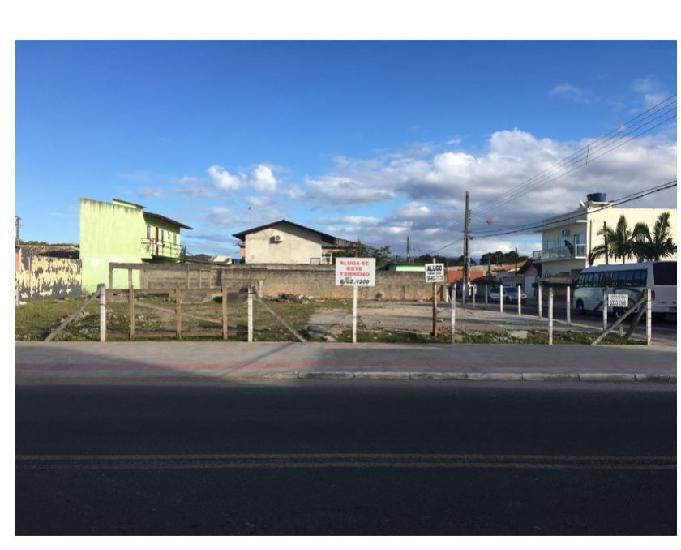 Terrenos de esquina na Geral do Ceniro, São José –