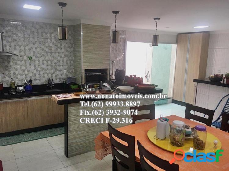 Excelente casa 4 quartos, com área gourmet, setor novo horizonte