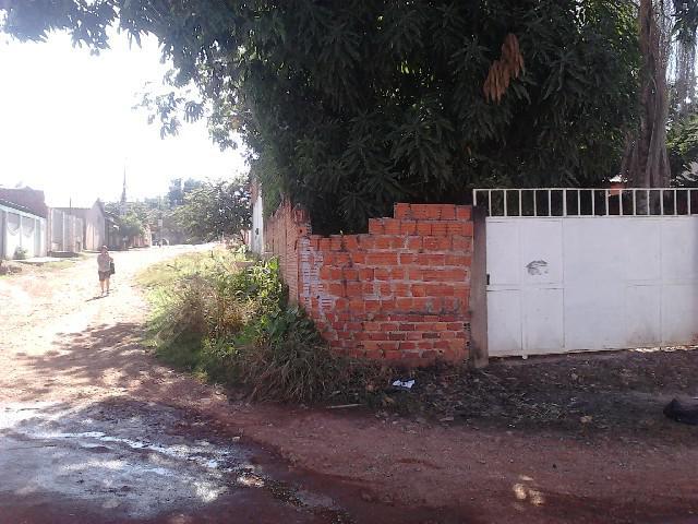 Lote esquina prox av brasil 40 mil murado
