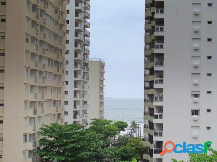 Locação 2 dormitórios, 2 vagas, com vista para o mar!