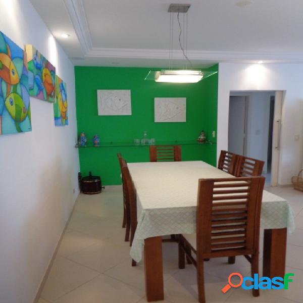 2 dormitórios Pitangueiras, Reformado, Região Nobre 3