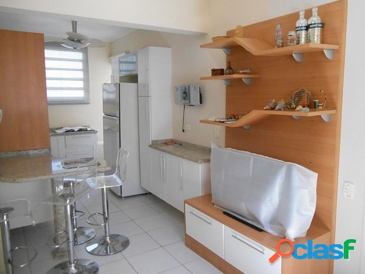 Calçadão na Pitangueiras, 2 dormitórios, reformado, com vaga 1