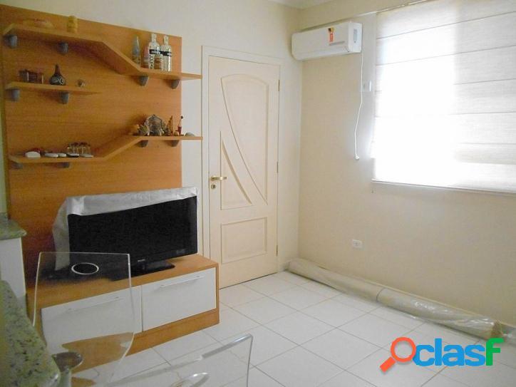 Calçadão na Pitangueiras, 2 dormitórios, reformado, com vaga 2