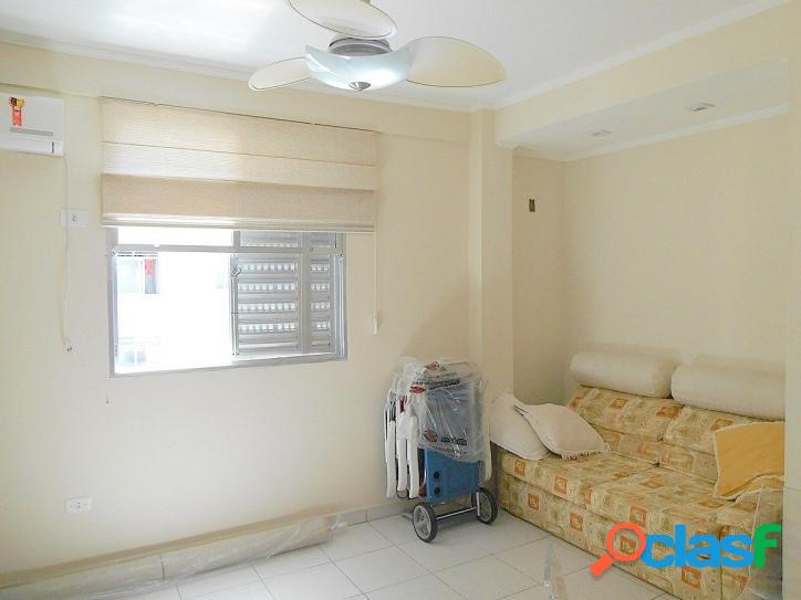 Calçadão na Pitangueiras, 2 dormitórios, reformado, com vaga 3