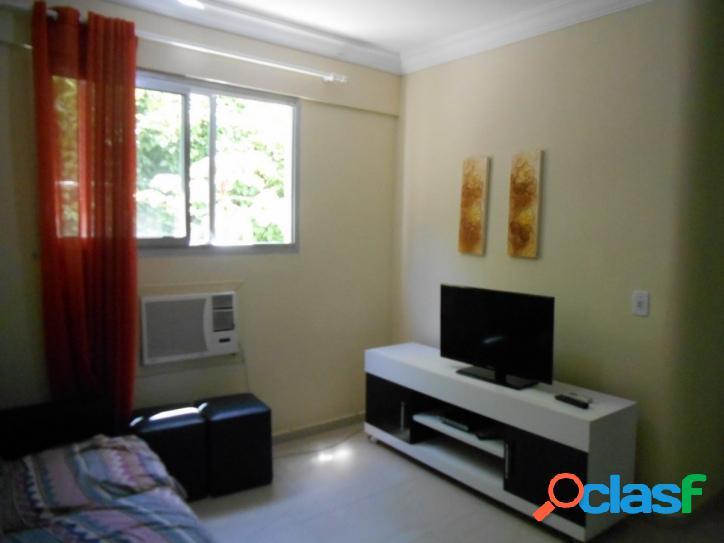1 dormitório Pitangueiras, Reformado c/vaga, 200 m do mar 1