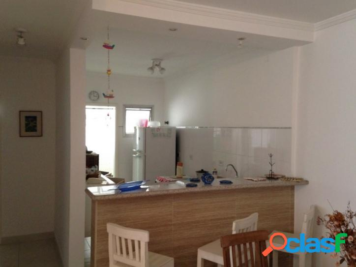 2 dormitórios Pitangueiras, reformado 2 quadras do Mar 3