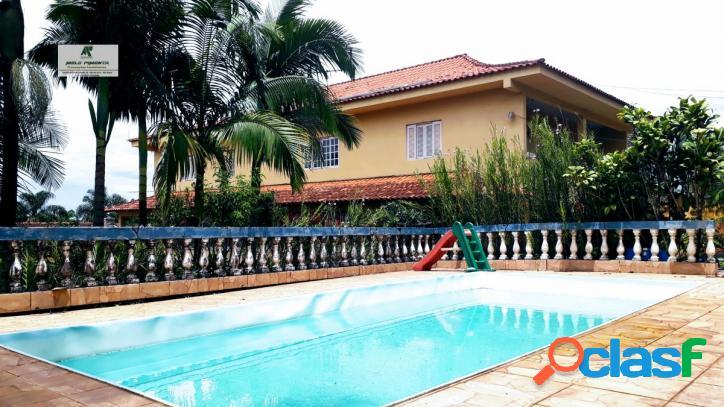 Haras bela vista em vargem grande paulista casa com 4 suites.