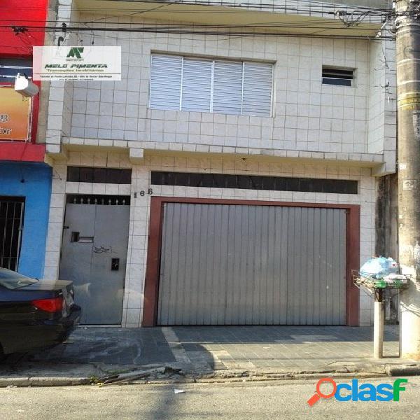 Casa a venda no bairro corintinha em carapicuíba - sp. 3 banheiros, 3 dormitórios, 1 suíte, 3 vagas na garagem, 2 cozinhas, área de serviço, sala de