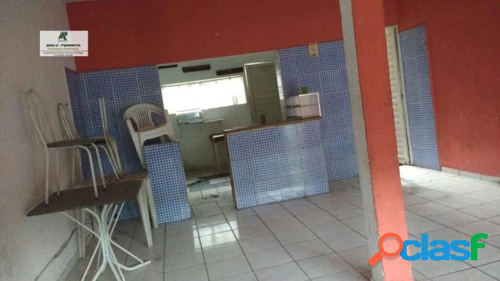 Casa a venda no bairro granada em mairinque - sp. 2 banheiros, 3 dormitórios, 2 vagas na garagem, 2 cozinhas, área de serviço, sala de estar, sala