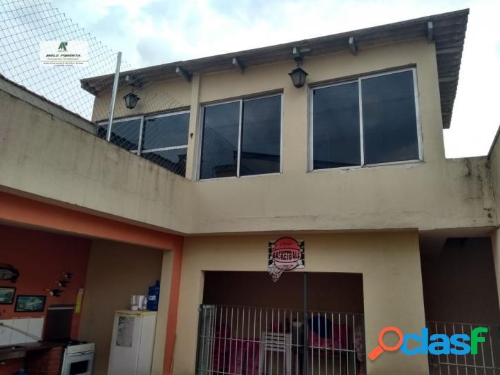 Casa a venda no bairro rudge ramos em são bernardo do campo - sp. 3 banheiros, 3 dormitórios, 1 suíte, 7 vagas na garagem, 2 cozinhas, closet, área