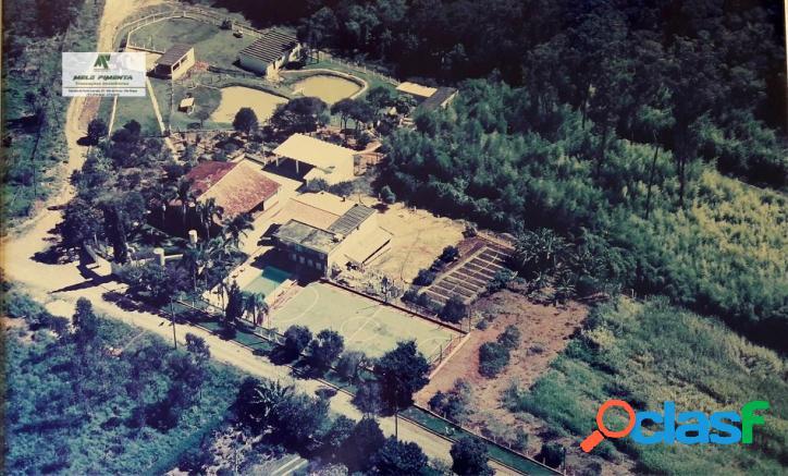 Chácara a venda no bairro caetê em são roque - sp. 2 banheiros, 3 dormitórios, 1 suíte, 10 vagas na garagem, 1 cozinha, closet, área de serviço, co