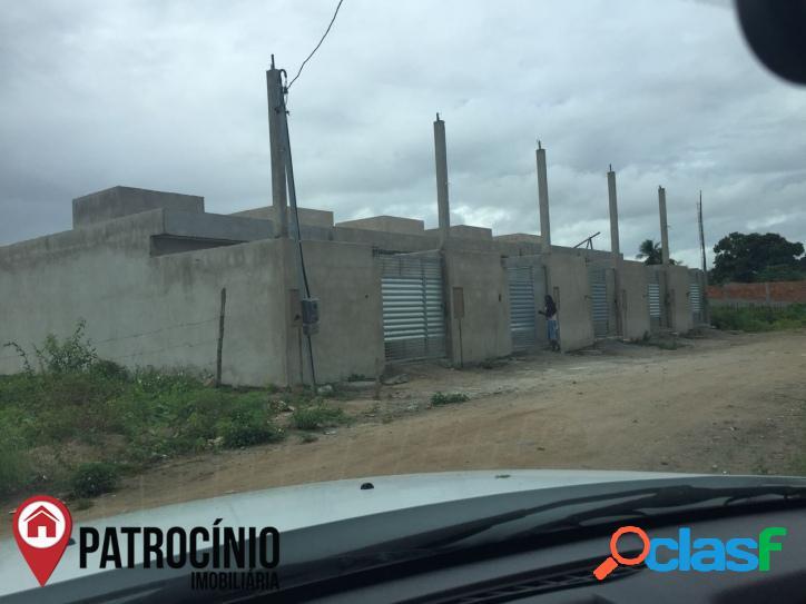 CASA RESIDENCIAL À VENDA,TOMBA, FEIRA DE SANTANA-BA. 2