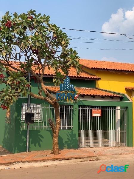 Casa de 2 quartos na cohab no bairro canelas em várzea grande