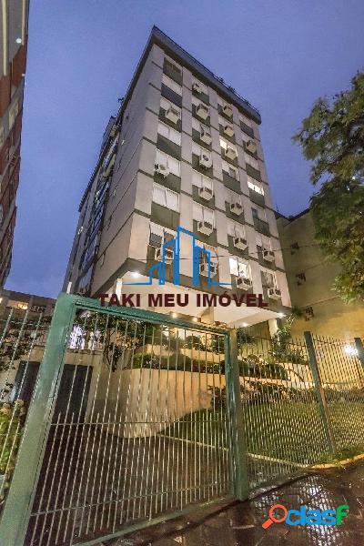 Excelente apartamento, sacada com churrasqueira, elevador, portaria,1 vaga