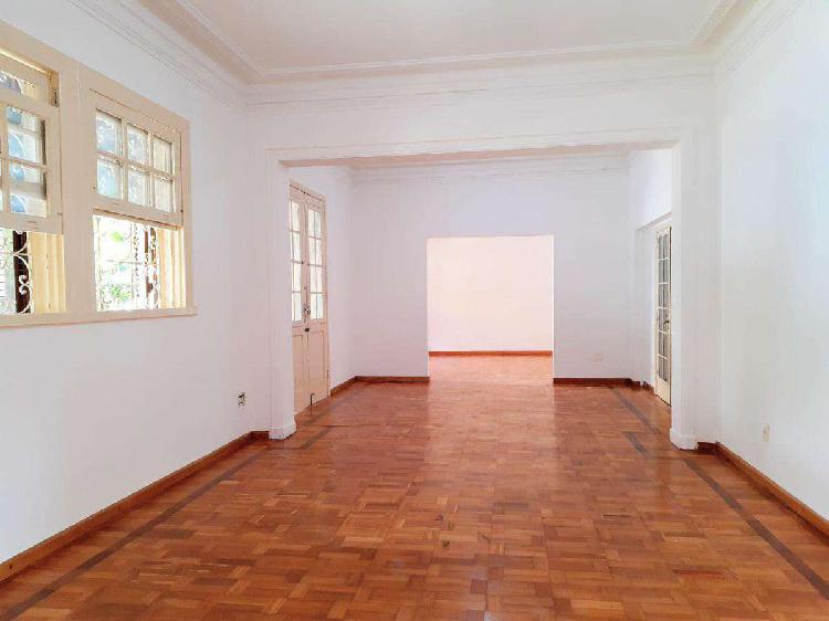 Casa comercial, serra, 7 quartos, 9 vagas, 2 suítes