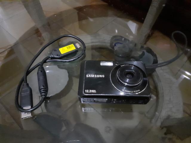 Câmera fotográfica samsung zoom lens 12.2 mp