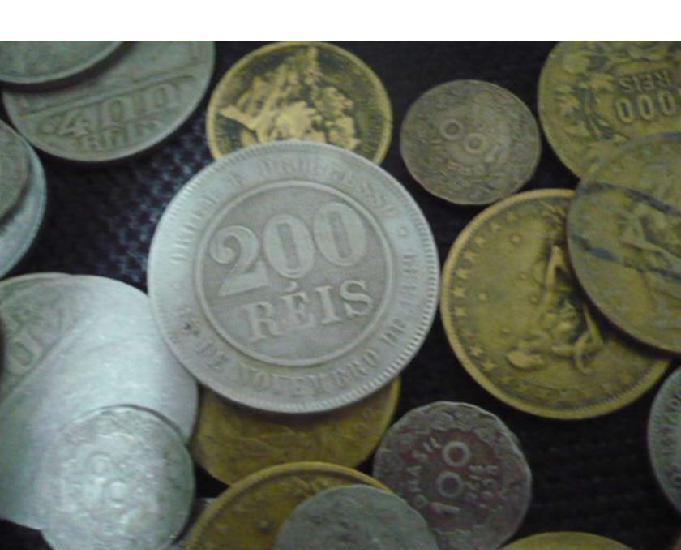 De 1.000 moedas antigas réis, cruzeiros, tudo por 900