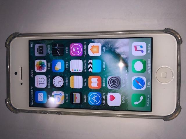 Iphone 5 branco desbloqueado com 2 capas tudo funcionando