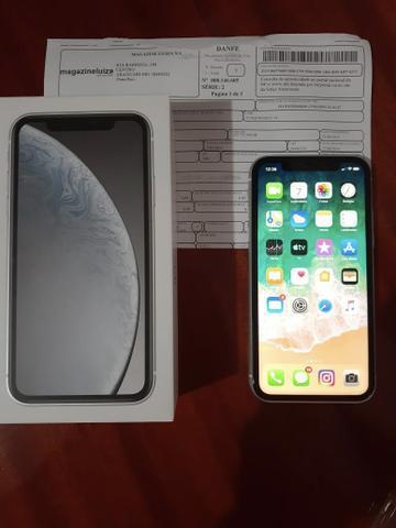 Iphone xr (semi novo)