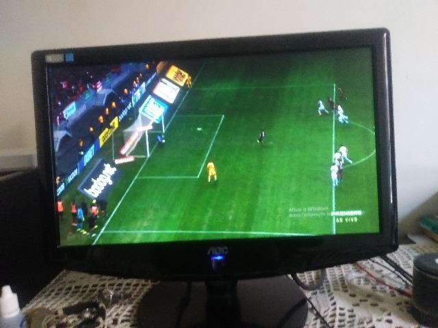 """Monitor ou tv - 17"""" pol - funcionando perfeitamente - em bom"""
