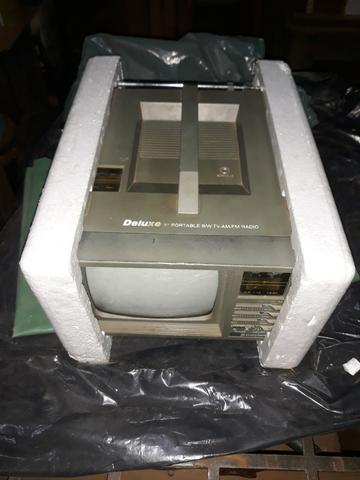 Tv ctre864 deluxe 5 - portable rádio am/fm - em ótimo