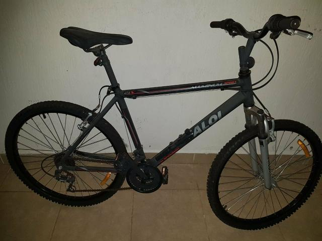 Bicicleta caloi aluminium novíssima