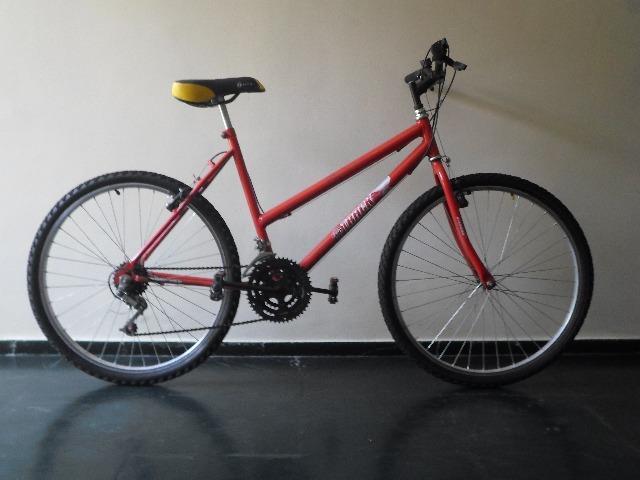 Bicicleta aro 26, 18 marchas