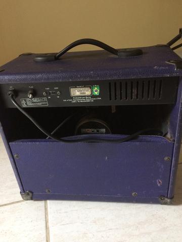 Caixa para guitarra e microfone strike g80