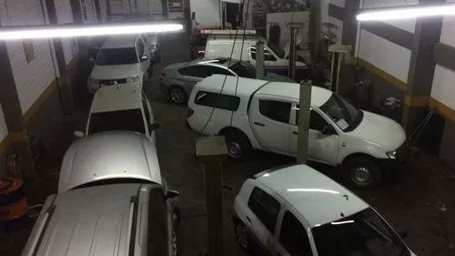 Centro automotivo e oficina especializada