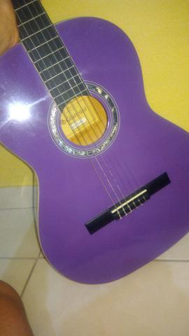 Violão lilás