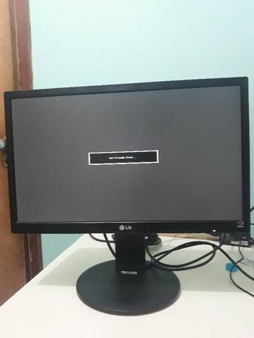 Monitor lg-22 polegadas, semi novo, usado