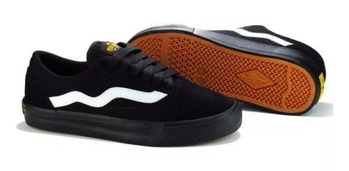 Tênis de skate old school preto e branco mad rats