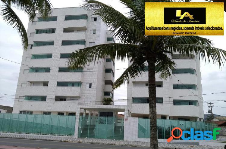 Residencial e apartamento frente praia