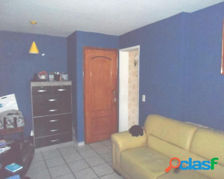 Apartamento de sala, 2 quartos área quintino. vendo seu imóvel