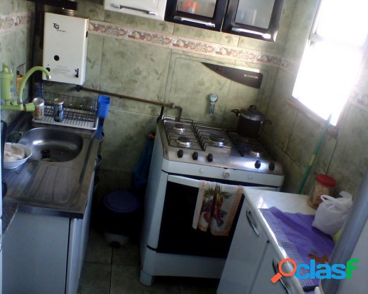 Apartamento 2 quartos, terraço em cascadura. vendo seu imóvel