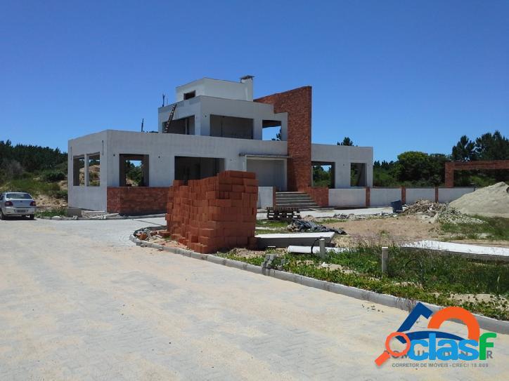 Venha conferir ! Lindos lotes a venda com 400m² em condomínio fechado Florianópolis Rio Vermelho Norte da Ilha praia do Moçambique. 2