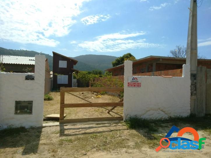 Excelente localização casa a venda a 20min da praia do moçambique,florianópolis rio vermelho norte da ilha praia do moçambique.